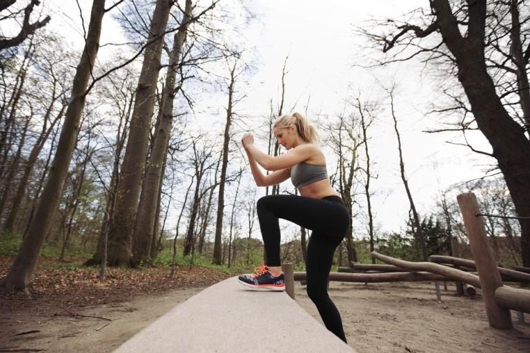 Sport all'aria aperta: guida agli esercizi più efficaci senza attrezzi 1